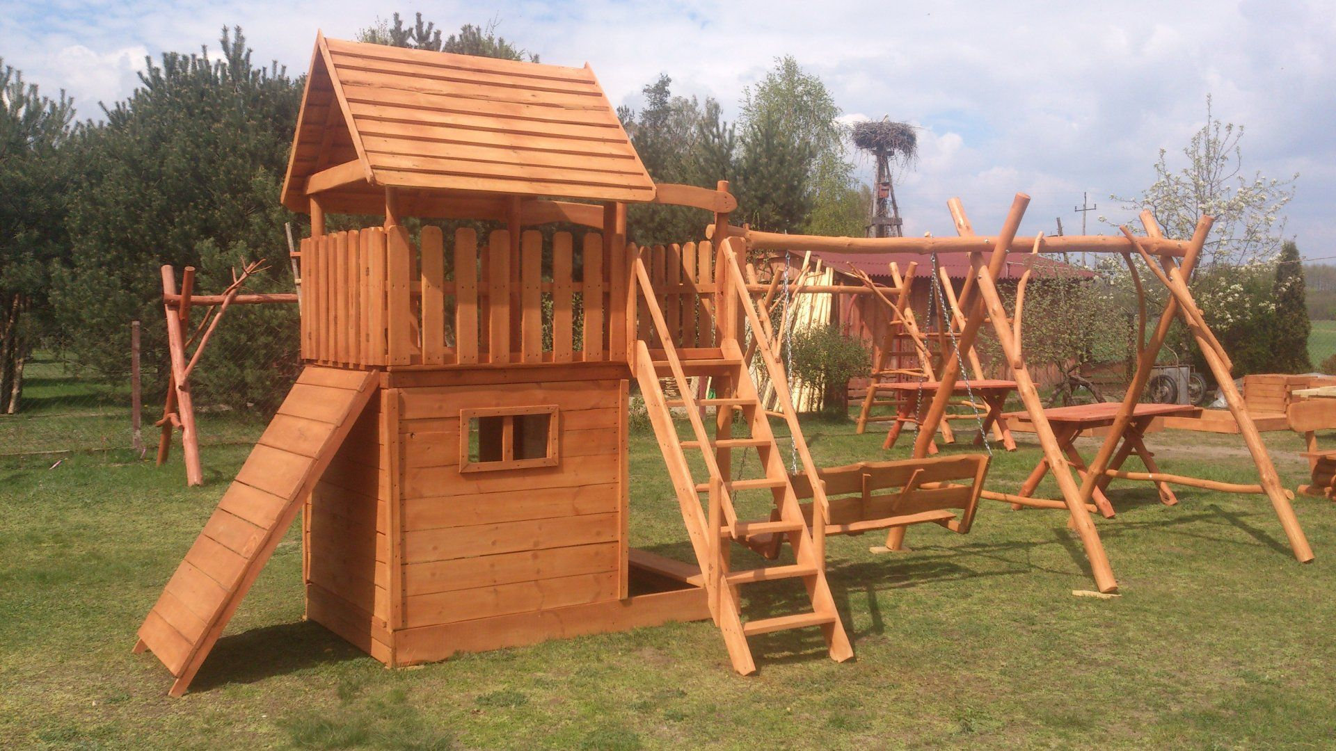 Hustawki Ogrodowe Dla Dzieci Krakow : Domki Ogrodowe Dla Dzieci Altany Hustawki Place Zabaw Pictures to pin